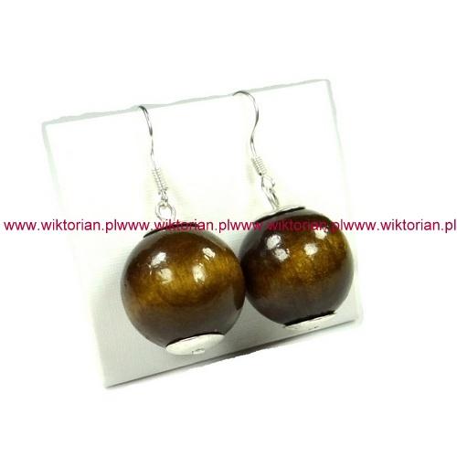 srebrne krótkie kolczyki brązowe kule 2 cm